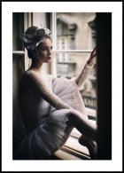 Ballerina in window Juliste