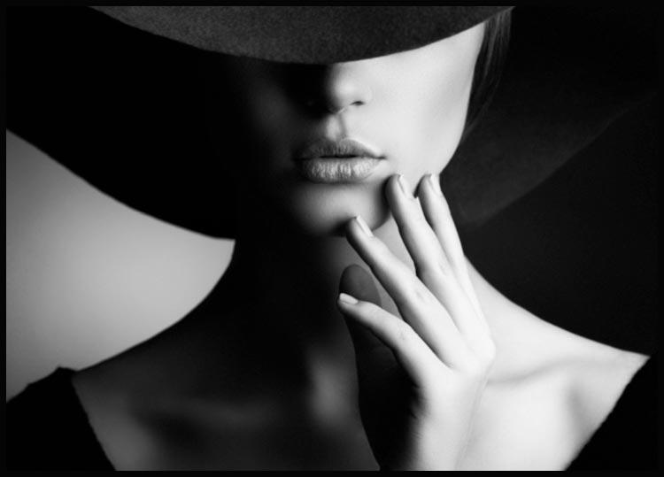 Woman in hat Juliste
